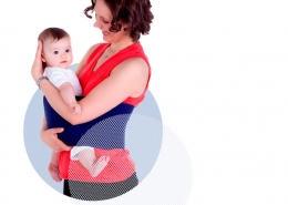 Mama mit Säugling bei Fitdankbaby