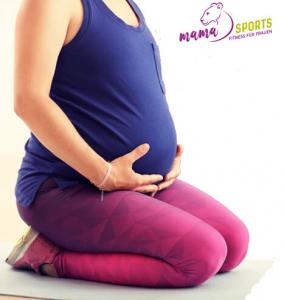 Schwangere trainiert bei mamaSPORTS